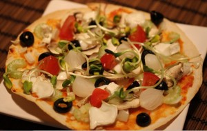 06FebHotSaucePizza