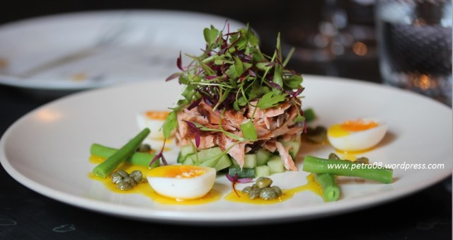 salmon & quails egg at Victuals&co