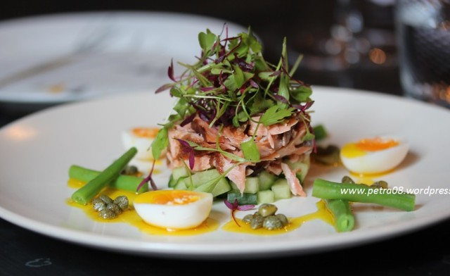salmon & quails egg at Victuals&co