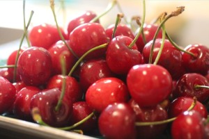17May_cherries