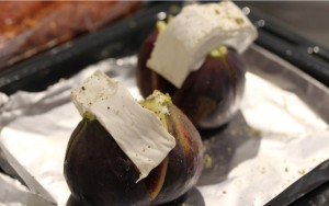 01Oct_Figs&GoatsCheese