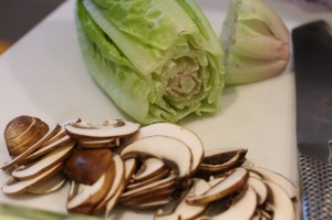 01Nov_SmokedMushrooms&Lettuce