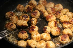 10Jan_FryingMeatballs