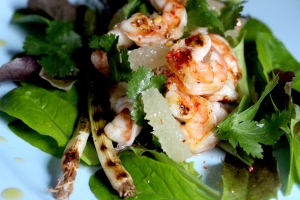 Prawn salad with lemon dressing