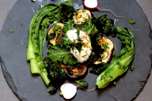 Vegetables with coriander and hazelnut pesto