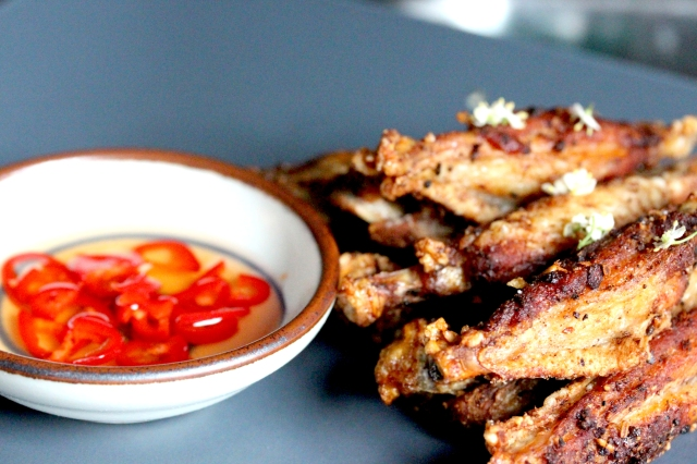 twice fried chicken wings with dipping sauce