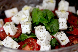 tomato salad with feta cheese