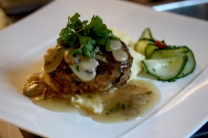Wallenbergare with mushroom and ginger sauce