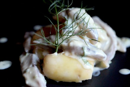 garlic and corainder pickled herring