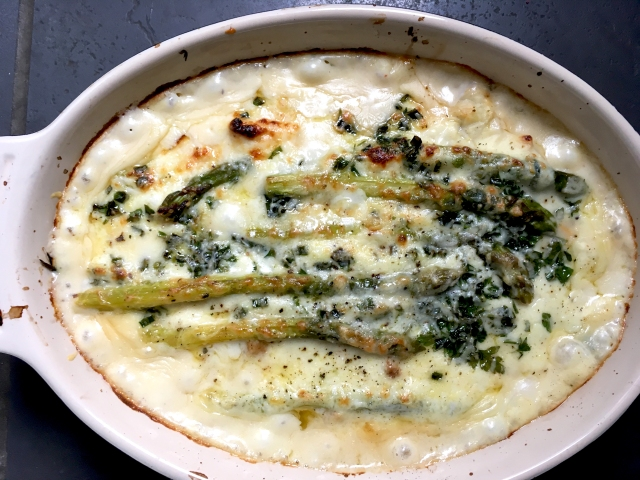 fish pie with asparagus