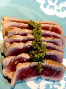Seared tuna and green harissa