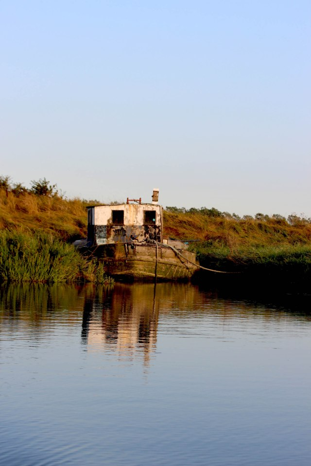 Abandoned boat on the river Stour