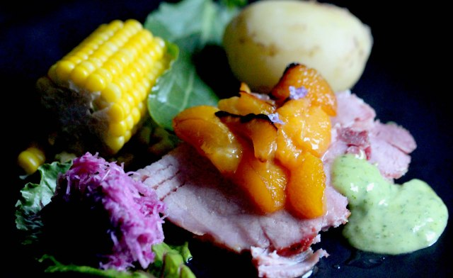Ham with glazed honey plums