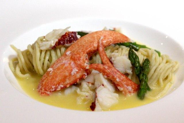Lobster linguini