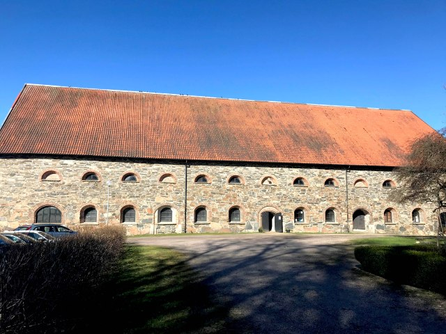 naas slott stables